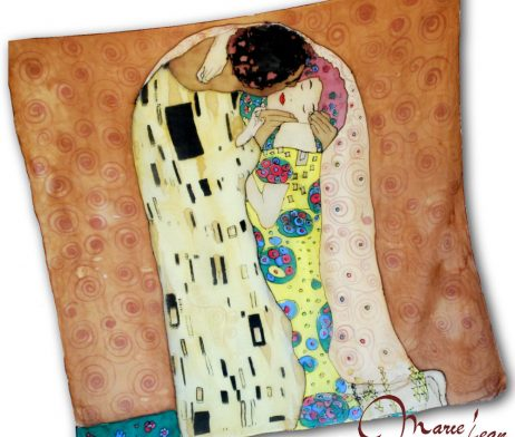 Brown Gustav Klimt - the kiss - hodvábna šatka