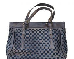 atraktivna-pletena-kozena-kabelka-c-8602-v-sedo-modrej-farbe-1