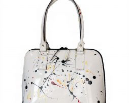ato-kvalitna-kozena-kabelka-sa-hodi-ku-kazdej-prilezitosti-vdaka-svojmu-umeleckemu-vzhladu-a-modnej-malbe
