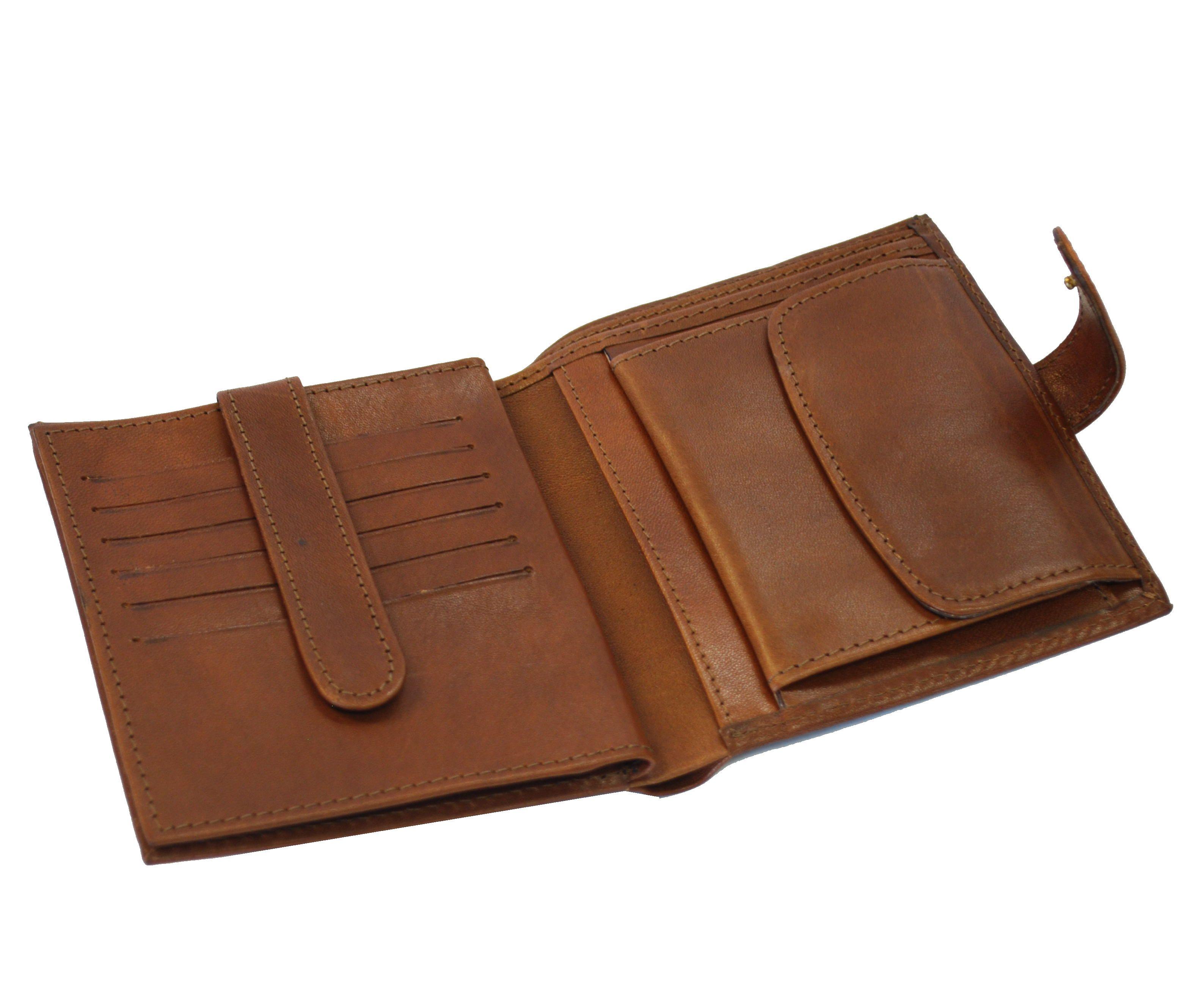 fe4a8d4e7 Exkluzívna kožená peňaženka je vyrobená z prírodnej kože