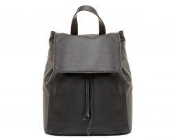 Moderný kožený ruksak z pravej hovädzej kože č.8659 v čiernej farbe (2)