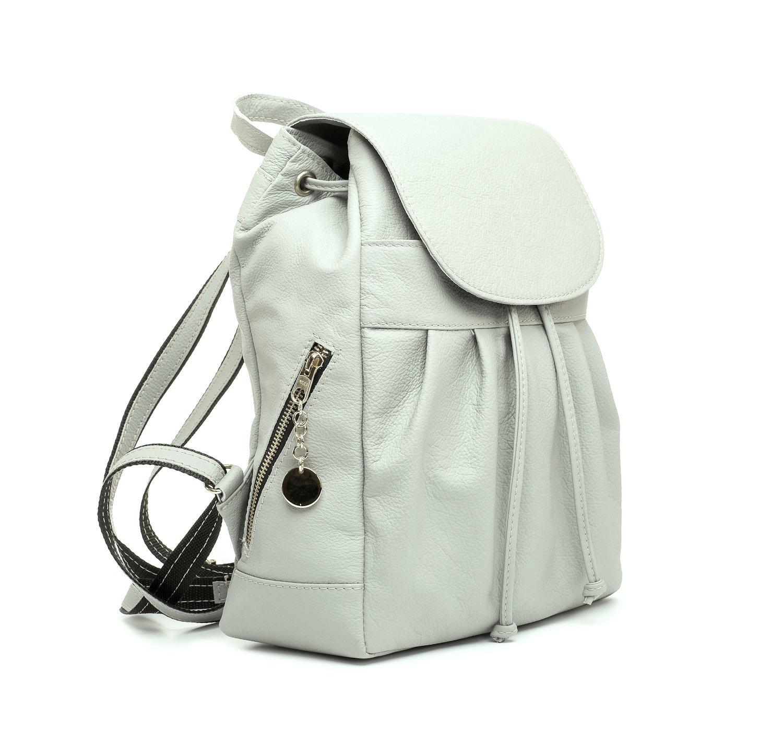516731372a1c Dámsky kožený módny ruksak 8665u z prírodnej kože v šedej farbe