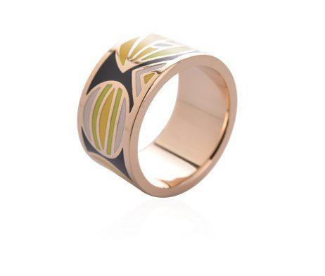 Exkluzívna brošňa v podobe prsteňa v zlatej farbe
