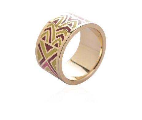 Exkluzívna brošňa v podobe prsteňa v zlatej farbe - vzor 11