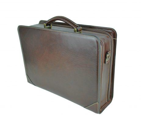 Kožený pracovný kufor č.8156 v tmavo hnedej farbe (1)