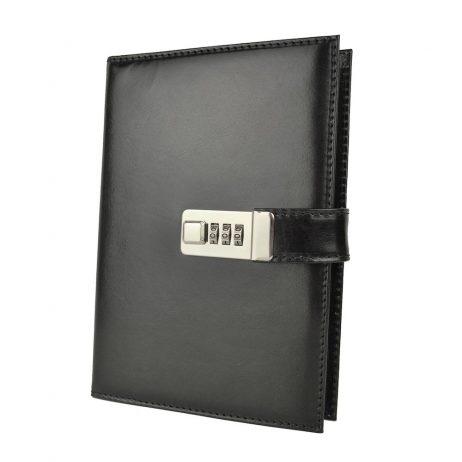 XXL zápisník z prírodnej kože na heslový zámok. Obal je vyrobený z pravej hovädzej kože. Koža je pevná a drží tvar