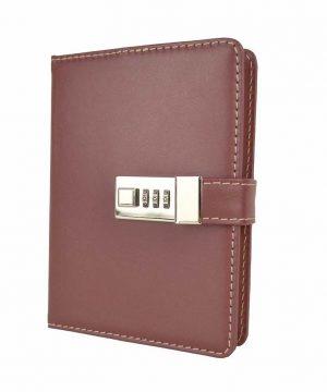 kožený zápisník a denník