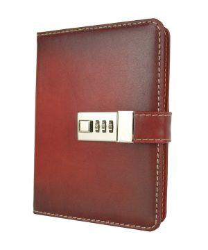 Veľký ručne tieňovaný zápisník z prírodnej kože na heslový zámok, tmavo červená farba