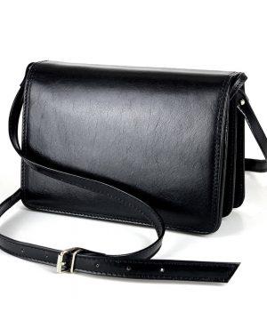 Crossbody kožená kabelka, čierna, uzatváranie – magnet